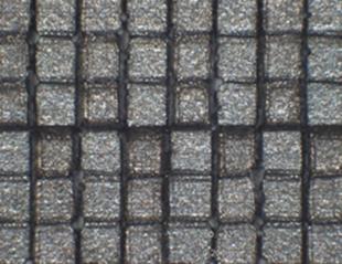 0.2mm角正方形を階段状に加工