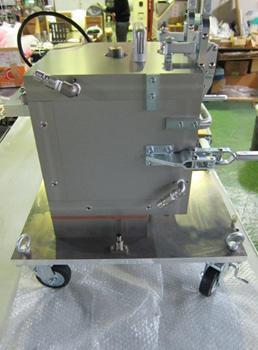 ウレタン立方体テストピース成形装置