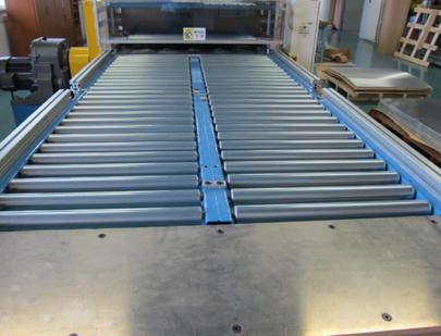 量産機 型スライド機構